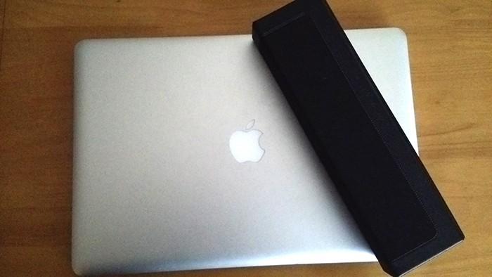 Macbookpro 15インチの上