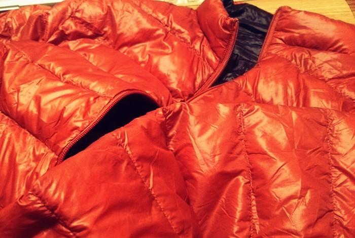 寒い冬の朝はダウンジャケットを着て寝ると最高